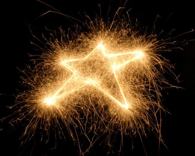 sparkler-star-1199261-640x512